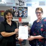 Oaklands receives library award